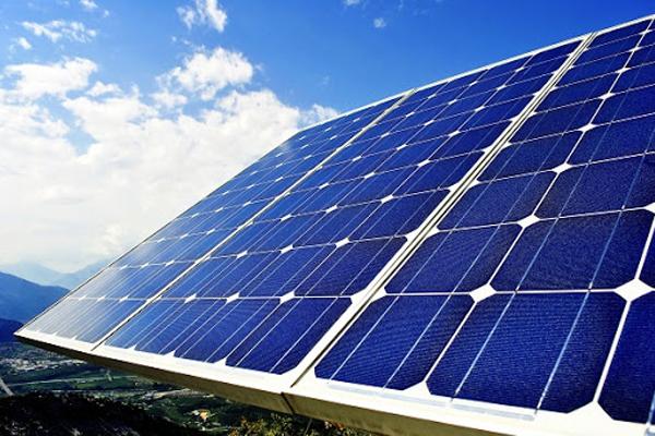 Những lợi ích không thể bỏ qua của tấm pin năng lượng